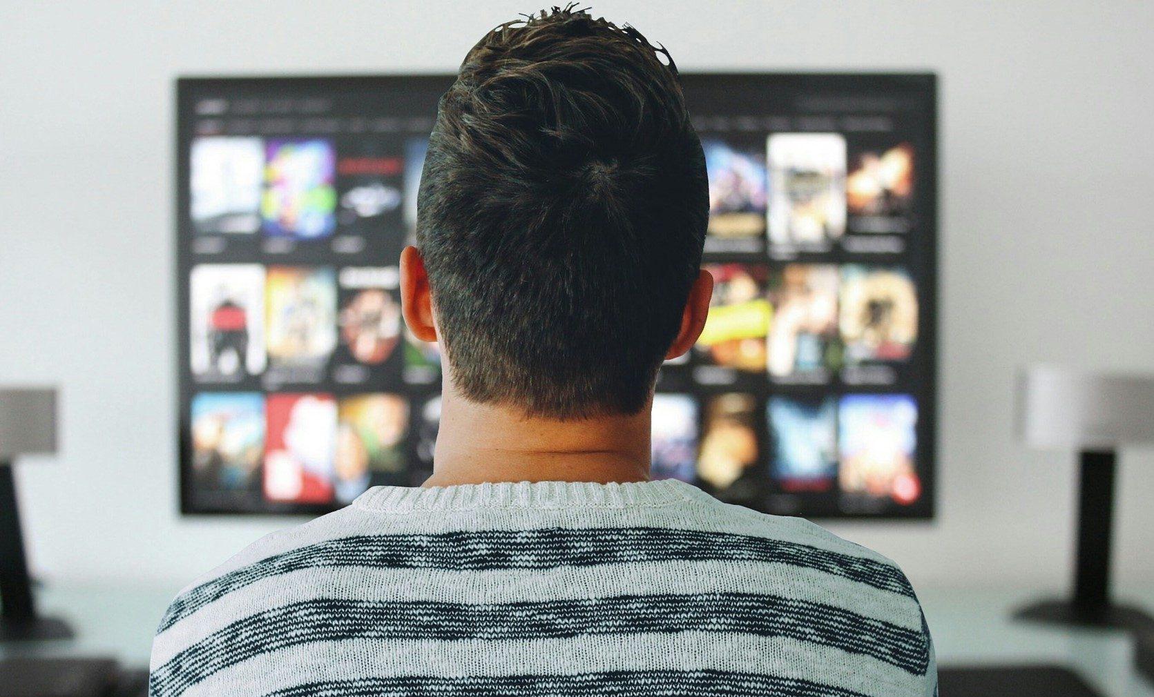 テレビ を ネット に つなぐ