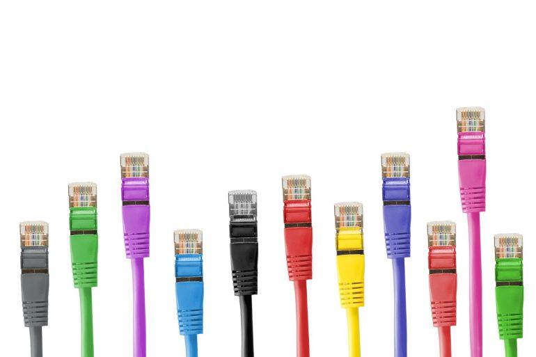 WiFiを有線LANに繋ぐメリット