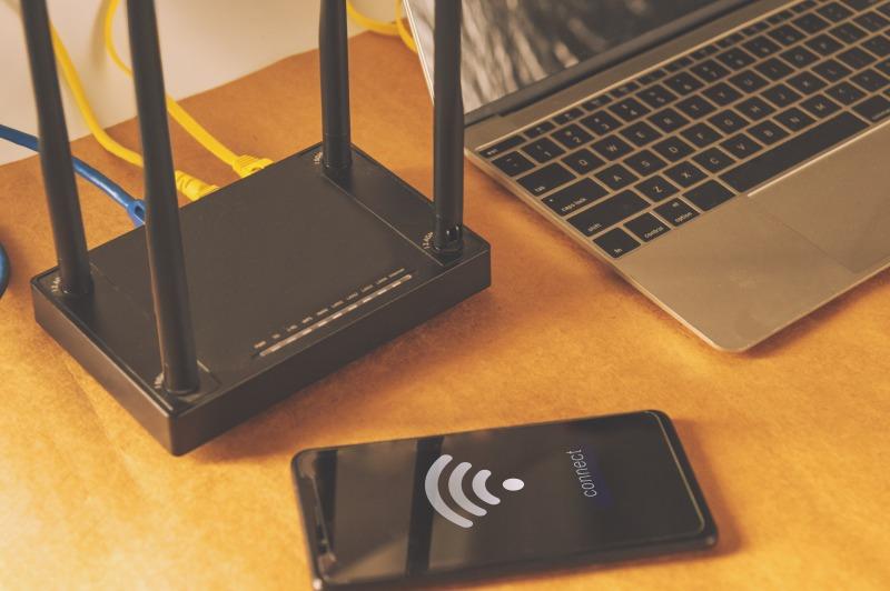 無線LANでWiFi接続する様子