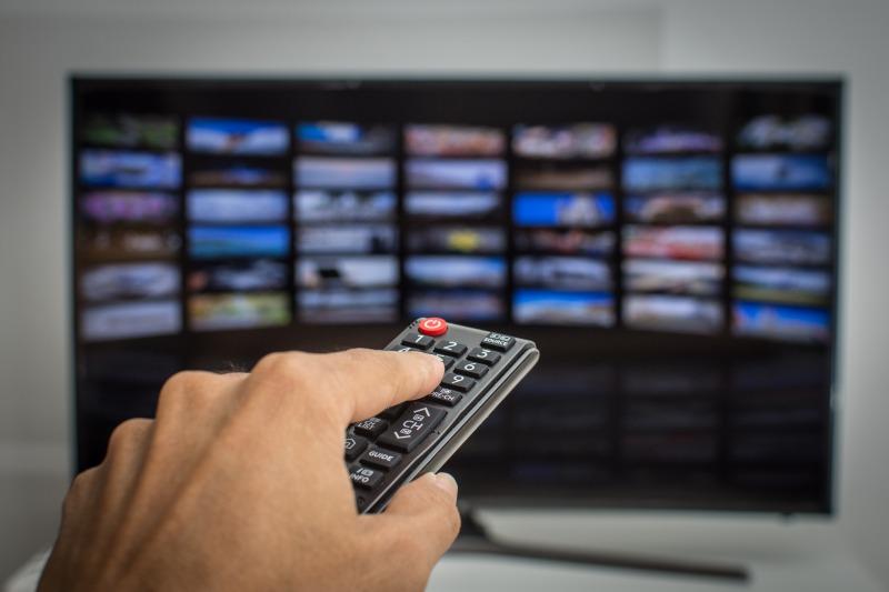 ポケットWiFiでテレビを見るための接続方法